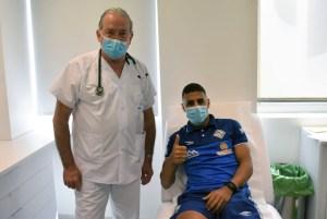 El ceutí Hamza, en el momento de realizarse la prueba del coronavirus