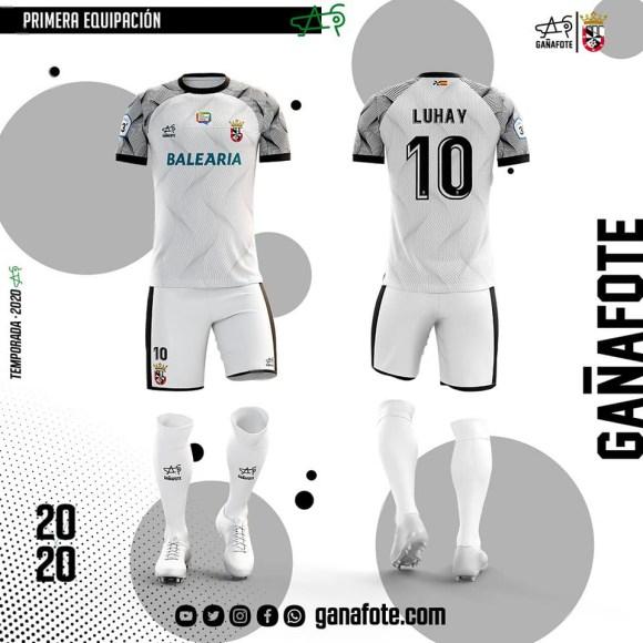 Propuesta de primera equipación del Ceuta de la marca Gañafote