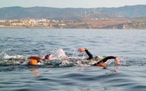 Los nadadores corren serio peligro en la playas, según el presidente de la Asocia´con de Natación en Aguas Abiertas