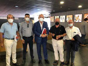 Yasin Mohamed (segundo por la izquierda), junto a Miguel Díaz y otros presidentes de Territoriales