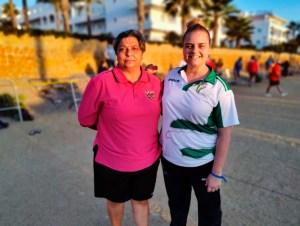 Patro Moraño, junto a la andaluza Carolina Pascual , vigente campeona de España