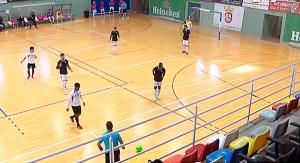 Un momento del partido disputado en el 'Guillermo Molina' en la matinal del martes
