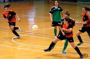 Un lance del Camoens - Hércules de la primera vuelta, que terminó con triunfo naranja por 5-0