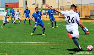Una imagen del partido disputado por el Ceuta este domingo ante el Arcos