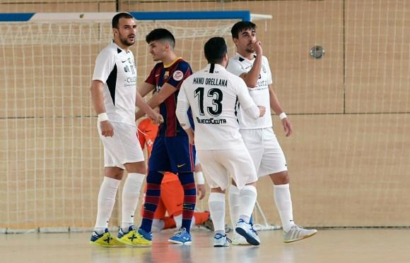 Rubén celebra el primer gol del conjunto caballa en la Ciudad Deportiva Joan Gamper