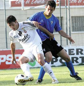 Álvaro Cejudo, durante su etapa como jugador de la AD Ceuta