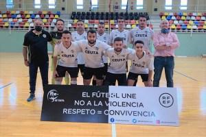 Formación de la Selección de la Tercera ceutí / Foto: FFCE