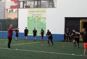 El control para los árbitros de fútbol fue en el campo Emilio Cózar / Foto: FFCE