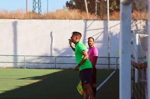 Miguel Ángel Berlanga, entrenador del Ceuta B, este sábado en la Estación de San Roque / Foto: DeportesCG.es