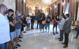 Vivas ha dirigido unas palabras de reconocimiento a los representantes de la petanca ceutí