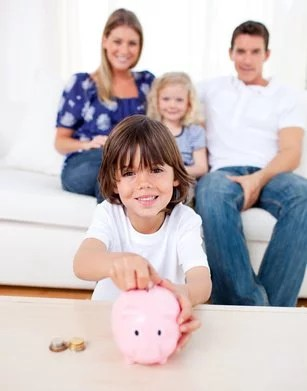 6 Tips to Teach Your Kids to Manage Money Wisely