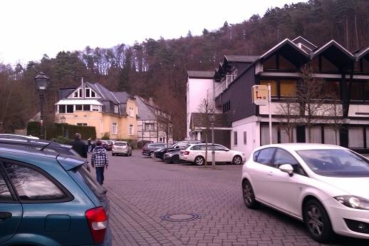 image k-weg-zum-hotel-jpg