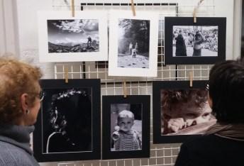 Foto di IURISSEVICH [due con passepertout bianco) e di FEURRA [passepertout nero]