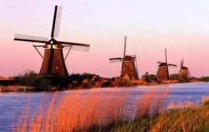 离开荷兰后才发现:鬼地方,我是那么的想念你 Kinderdijk windmills 300x190