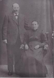 Farmor Marias föräldrar Nils Jönsson och Anna Nilsdotter på Vanstad 27