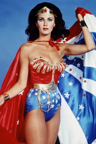 DC Is Winning The Costume War - 2015-05-11 04:05:34