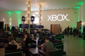 What It's Like to Cover Gamescom as a Journalist - 2015-08-14 12:48:58