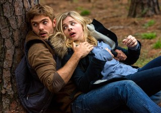 The 5th Wave (Movie) Review 2