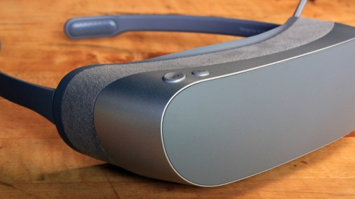LG 360 VR (VR Headset) Review 8