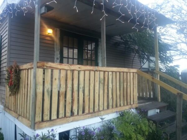 Inspiring basic deck railing ideas that mix looks and function