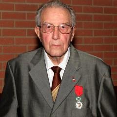 André SERRES, un passeur d'avenir pour chaque génération.