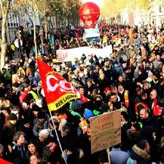 Les agents de la RATP ignorent la provocation du gouvernement et poursuivent l'action !