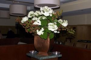 Flower arrangement in Main Dining Room