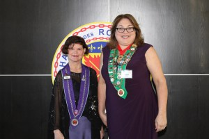 Dame Beverly Ann Bach, Bailli Provincial Midwest Renee Wilmeth
