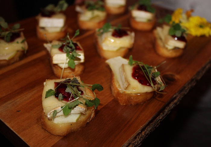 Smoked Apple and Brie Crostini with Blackberry Compote