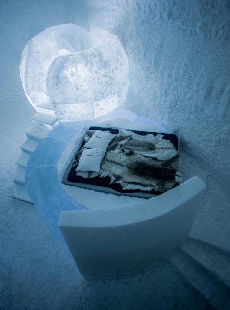ICEHOTEL luxury bedroom Kiruna Sweden