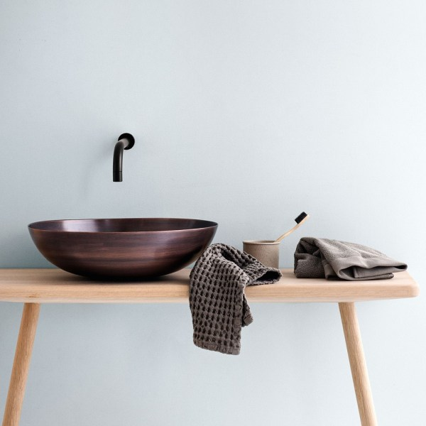 Waffle cloth in chunky organic cotton, ideal for both the kitchen and bathroom. By The Organic Company, sold on Chalk & Moss.