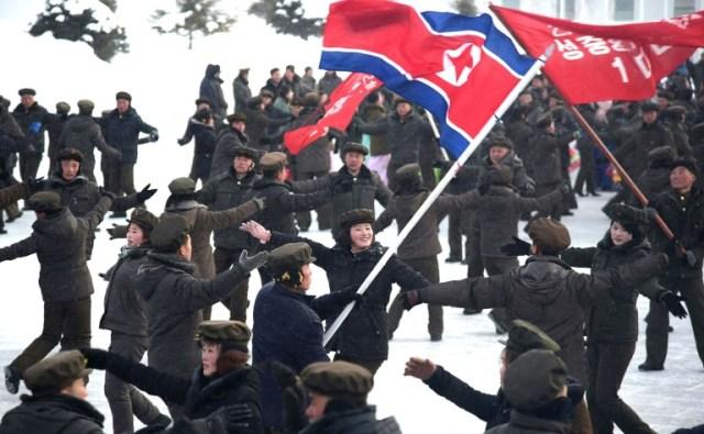 Photo prise le 2 décembre 2019 et diffusée par l'agence nord-coréenne KCNA de la cérémonie d'inauguration de la ville nouvelle de Samjiyon, en Corée du Nord (KCNA VIA KNS/AFP - STR)