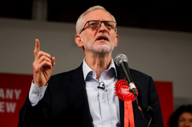 Le chef du Parti travailliste, Jeremy Corbyn, pendant sa campagne pour les législatives anticipées, le 11 décembre 2019 à Londres (AFP - Tolga AKMEN)