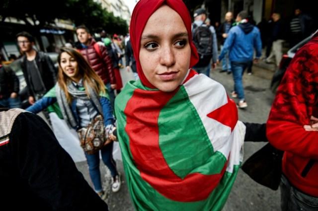 Manifestation contre le pouvoir le 17 décembre 2019 à Alger (AFP - RYAD KRAMDI                        )