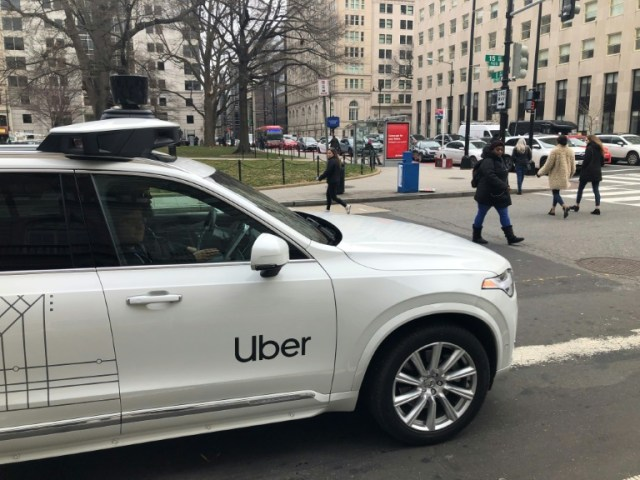 Prototype de voiture autonome Uber à Washington (AFP/Archives - Eric BARADAT)