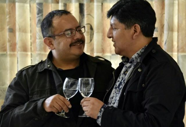 David Victor Aruquipa Perez et Guido Alvaro Montaño Durán  pendant une conférence de presse le 11 décembre 2020 à La Paz (AFP - AIZAR RALDES)