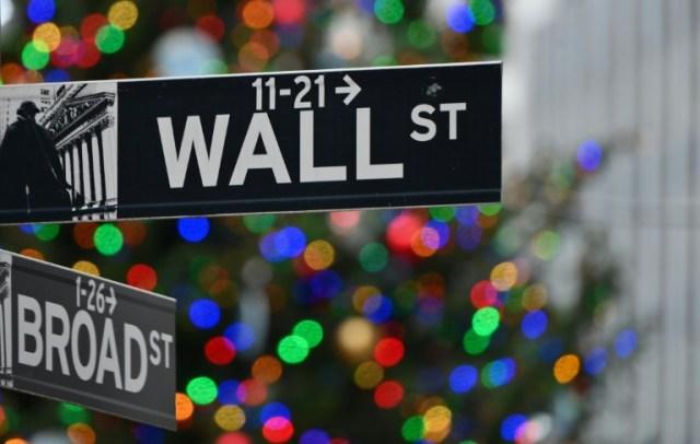 La Fed devrait prolonger la maturité de ses achats de bons du Trésor pour fournir plus de soutien monétaire, selon les analystes (AFP/Archives - Angela Weiss)
