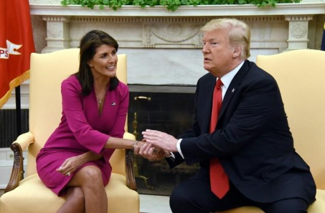 Nikki Haley et le président américain Donald Trump, le 9 octobre 2018 à la Maison Blanche, à Washington (AFP/Archives - Olivier Douliery)