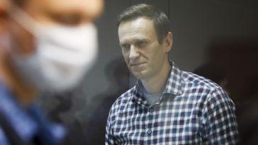 Russie: Navalny «plus ou moins» rétabli après sa grève de la faim, selon un responsable pénitentiaire