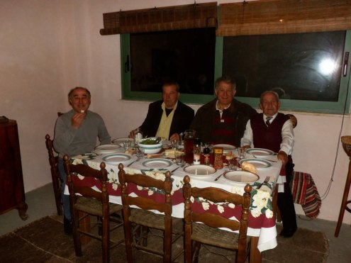 chamaloni-cottages-easter-time