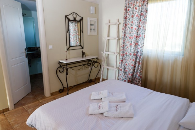 Anemoessa-chamaloni-finikounda-accommodation-1