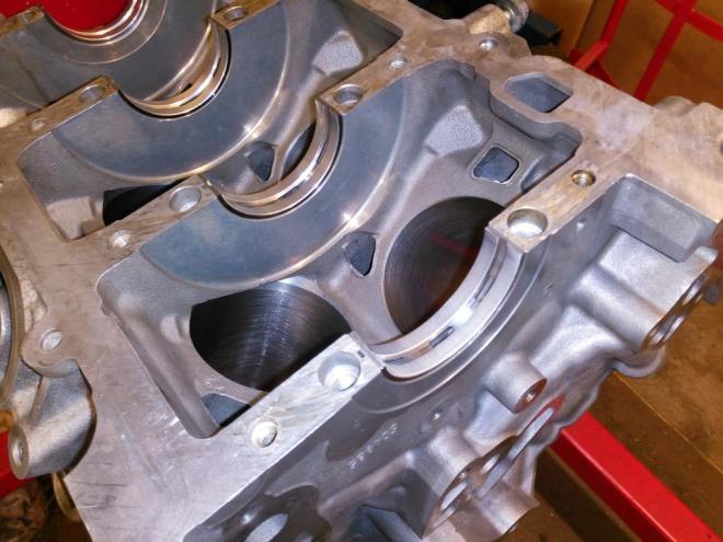 Crank bearing photo at an angle, S-type v6