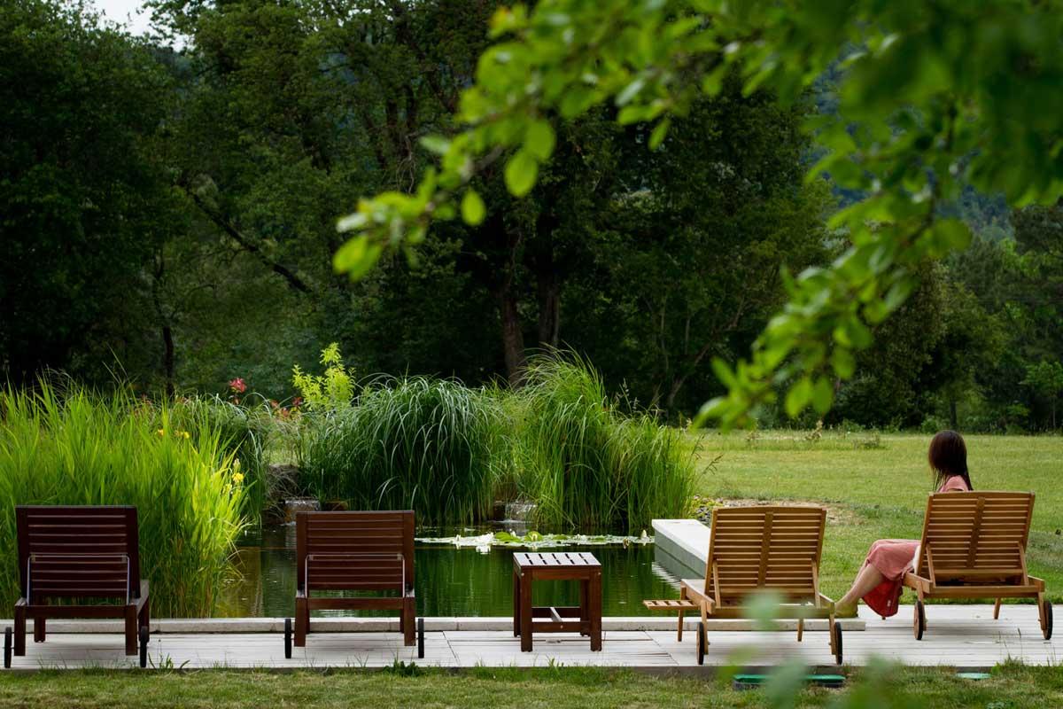 Au Perisson, chambres d'hôtes dans le Gers (piscine naturelle)