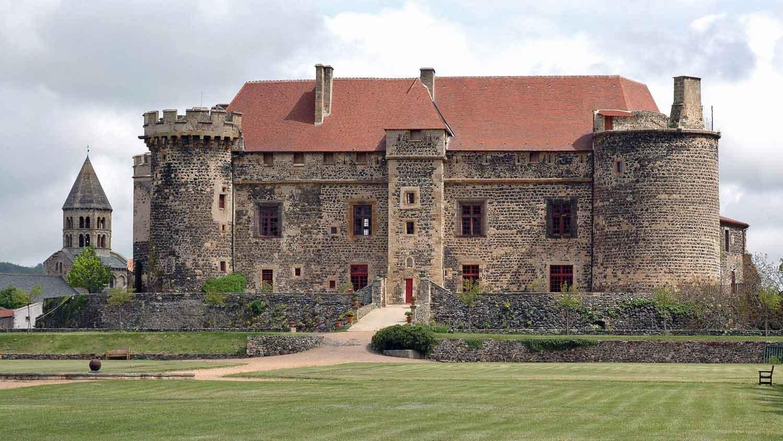 Château de Saint Saturnin, chambres d'hôtes de charme en Auvergne