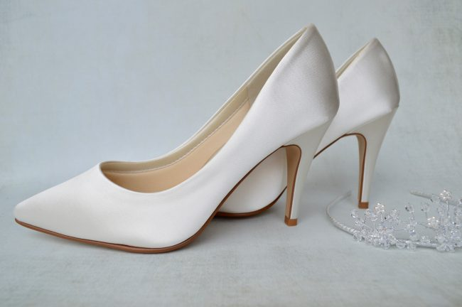 not just any wedding shoes but rainbow club dyeable wedding shoes