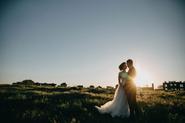 How To Choose The Right Wedding Photographer