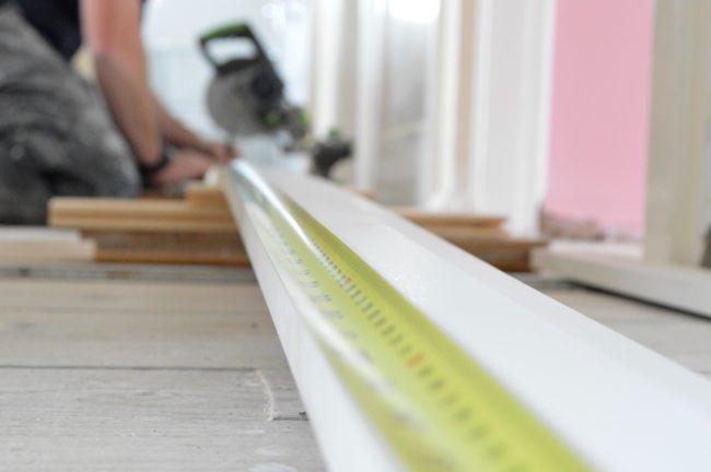 measuring skirting board