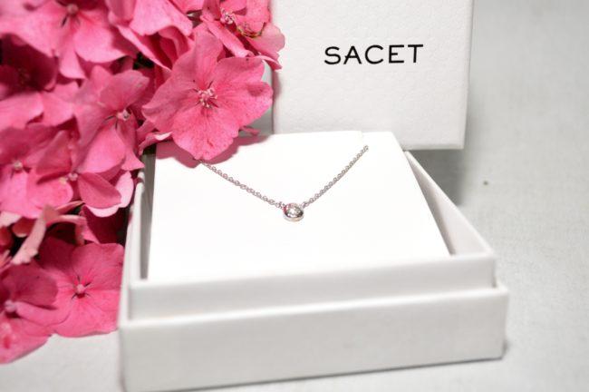 sacet necklace