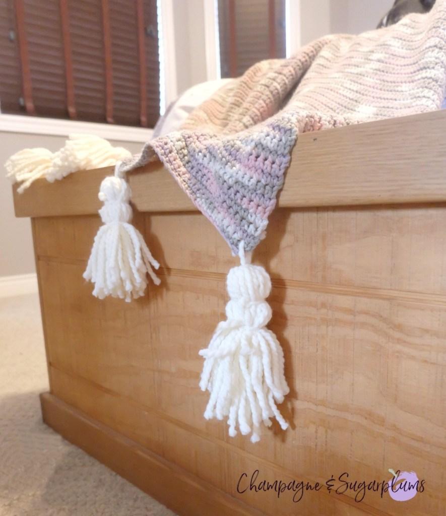DIY Hygge Inspired Blanket Tassels - Cozy Christmas Blanket