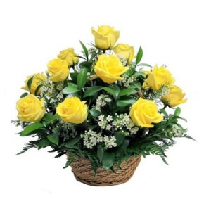 CF 15 Yellow Roses Basket